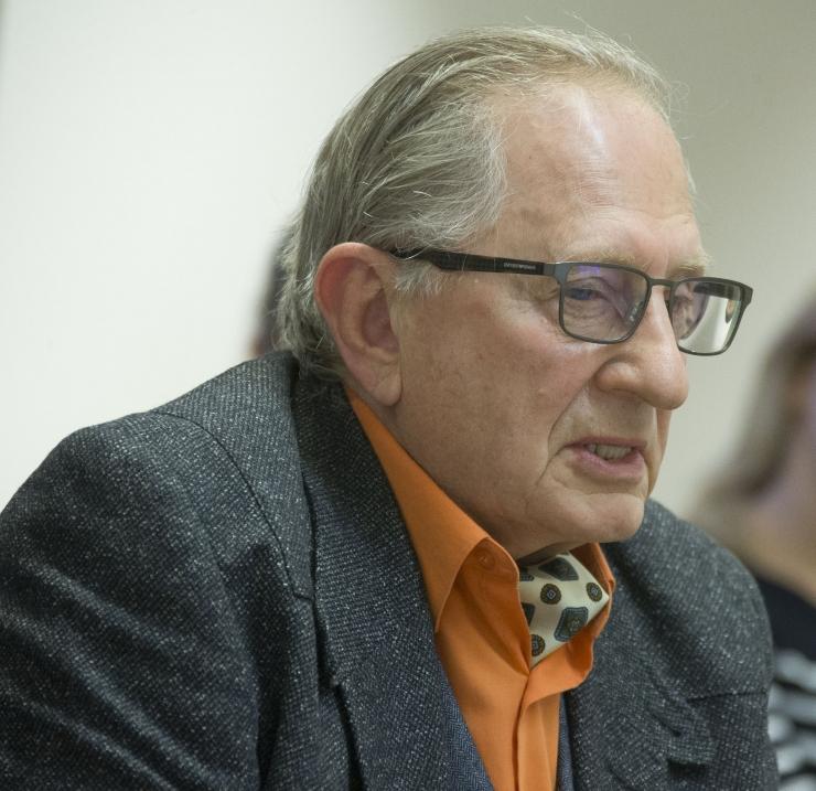 DOKTOR ADIK LEVIN: Kui me tahame pandeemia peatada, tuleb nüüd teha karme otsuseid