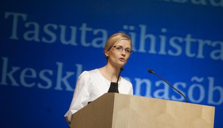 Siret Kotka: pikendame haigushüvitise maksmist alates teisest haiguspäevast