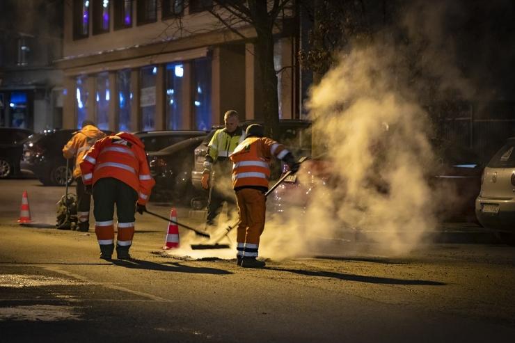Tallinna kesklinna tänavatel käib löökaukude remont