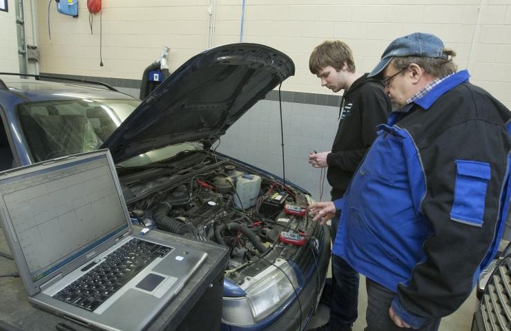 Spetsialistid soovitavad: kuidas valmistada auto ette kevadsuviseks hooajaks?