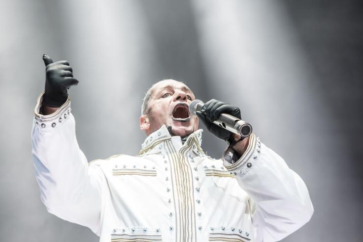 Rammsteini kontsert lükkub aasta võrra edasi