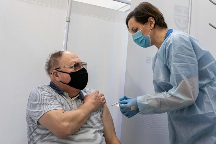 Eesti plaanib vaktsiinipassi kasutusele võtta aprillis